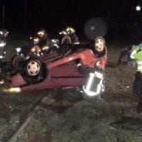 Udine, 16enne prende auto della madre e si schianta e muore: feriti i 7 coetanei a bordo