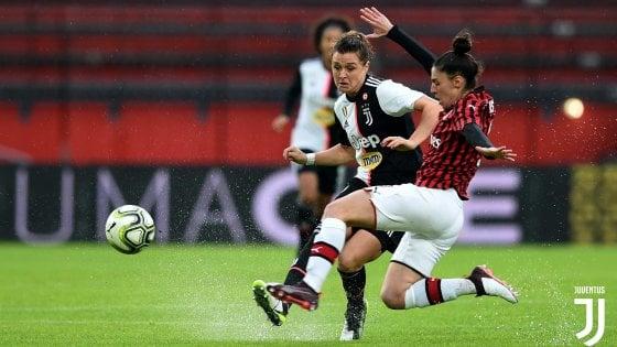 Calcio donne, il Milan al 93' evita la fuga della Juventus: il big match finisce 2-2