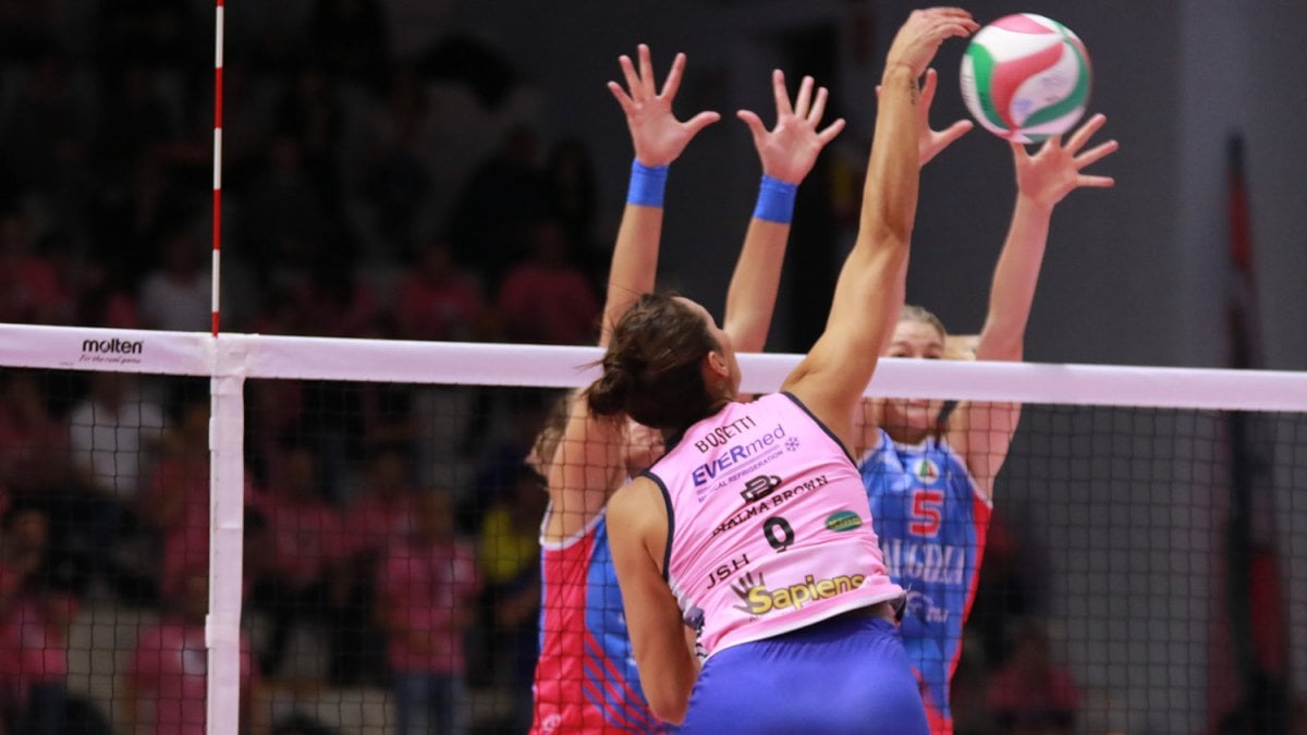 Volley donne, Serie A1: Scandicci travolge Firenze, Filottrano sorprende Chieri - la Repubblica