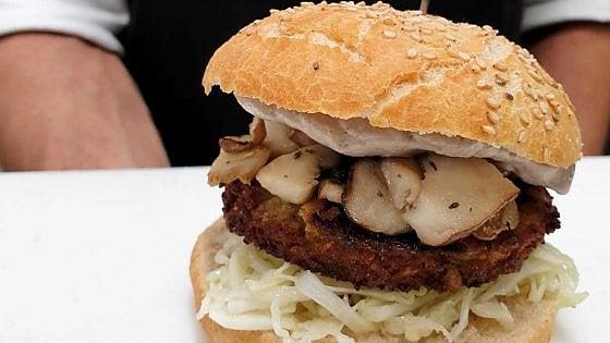 La ricetta del burger vegano con broccoli e castagne