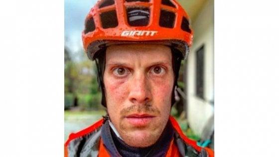 """Ciclismo, il fratello di Scarponi: """"Vicino a De Marchi, i professionisti alzino la voce e si fermino per protesta"""""""