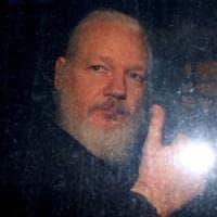 """Assange, Svezia archivia inchiesta per stupro: """"Non ci sono le prove necessarie"""""""