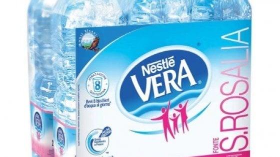 """Acqua Nestlé """"Vera"""", richiamato un lotto. Possibile rischio batterico"""