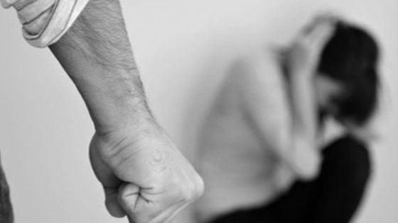 Femminicidi: sempre più vittime,  142 l' anno scorso