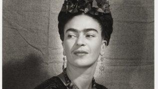 Frida Kahlo, le due anime raccontate dalla voce di Asia Argento a Torino e poi in sala