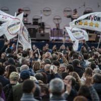 M5S, domani il voto su Rousseau per decidere se correre in Calabria e in Emilia Romagna