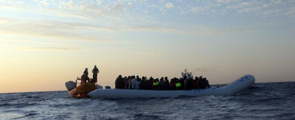 Migranti, sei corpi senza vita sulla spiaggia libica di Al Khoms e si teme per  altri 60 dispersi
