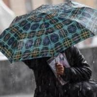 Maltempo, l'Italia nel weekend torna sotto la pioggia. E c'è il rischio alluvioni