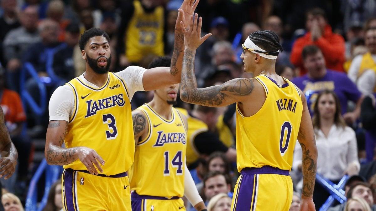 Basket, Nba: sconfitti Gallinari e Belinelli, volano i Lakers. Bene Clippers e Denver