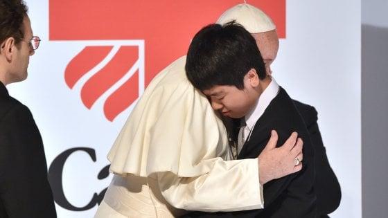 "Francesco a vittime Fukushima: ""Preoccupazione per prolungarsi uso energia nucleare"""