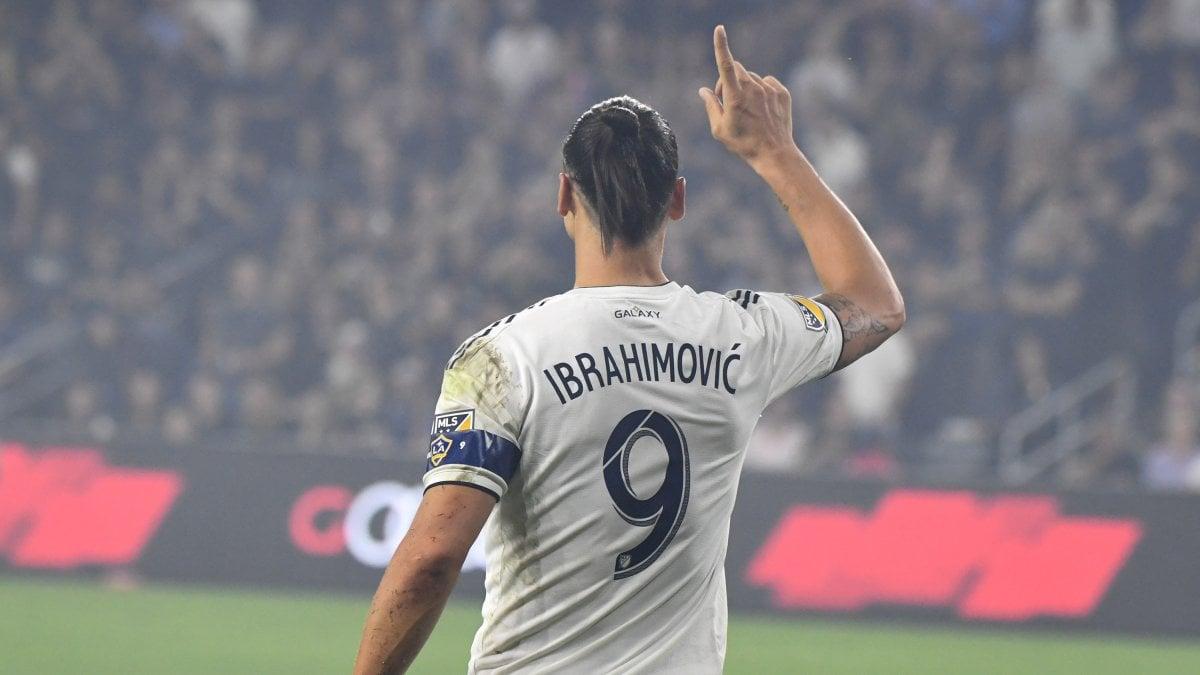 Ibrahimovic semina indizi sul futuro, post con la maglia dell'Hammarby