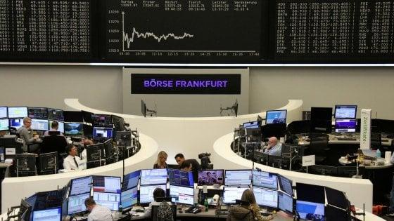 Borse deboli, la Cina preoccupa i mercati