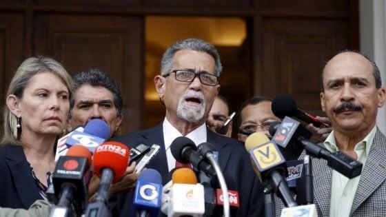 Venezuela, Magallanes e De Grazia: i due deputati anti-Maduro arrivati in Italia