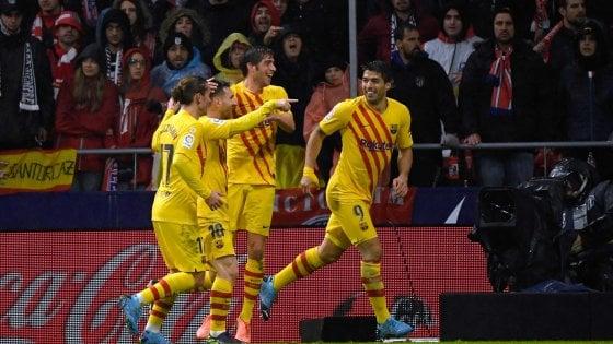 Spagna, Messi affonda l'Atletico Madrid: il Barcellona riaggancia la vetta