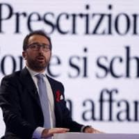 """Governo, il Pd contro Bonafede: """"O blocca la prescrizione o presenteremo una nostra..."""