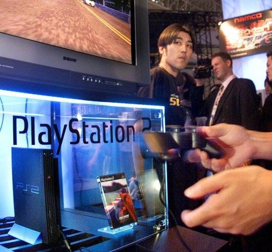 Buon compleanno PlayStation, 25 anni di giochi senza un attimo di respiro