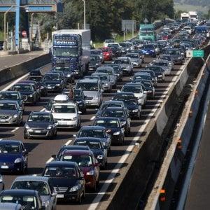 Rc Auto, le compagnie contro il dl fiscale: Dannoso, blocca il calo dei prezzi
