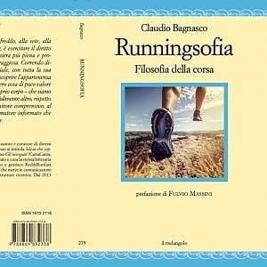 Il coraggio del maratoneta: in un libro la corsa controcorrente degli innamorati del running