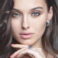 """Miss Ucraina denuncia il concorso Miss Mondo : """"Eliminata perché divorziata e con un..."""