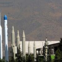 """Iran, Usa rilevano movimento missili balistici iraniani verso Iraq: """"Preparano un arsenale..."""