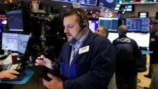 La Cina tende la mano agli Usa sui dazi, Borse positive.Milano sale dello 0,9%, balzo petrolio con i nuovi tagli Opec