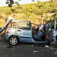 Auto contro albero, morti tre giovani nel veronese