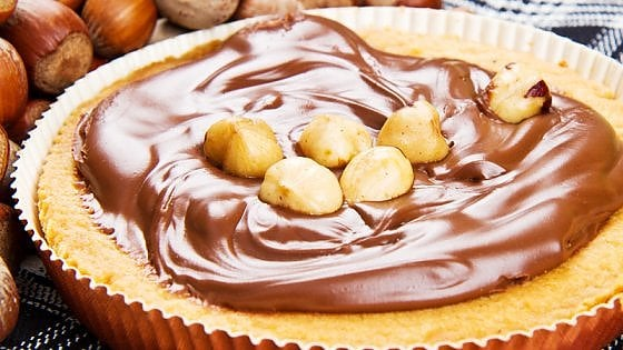 Nocciola Day: viva il frutto della felicità, buono da solo, irresistibile col cioccolato