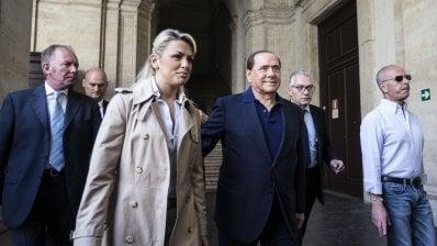 Le Sardine danno il benvenuto a Francesca Pascale: Con noi chiunque si discosti dal sovranismo