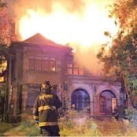 Cile, brucia Casa Italia, patrimonio della comunità