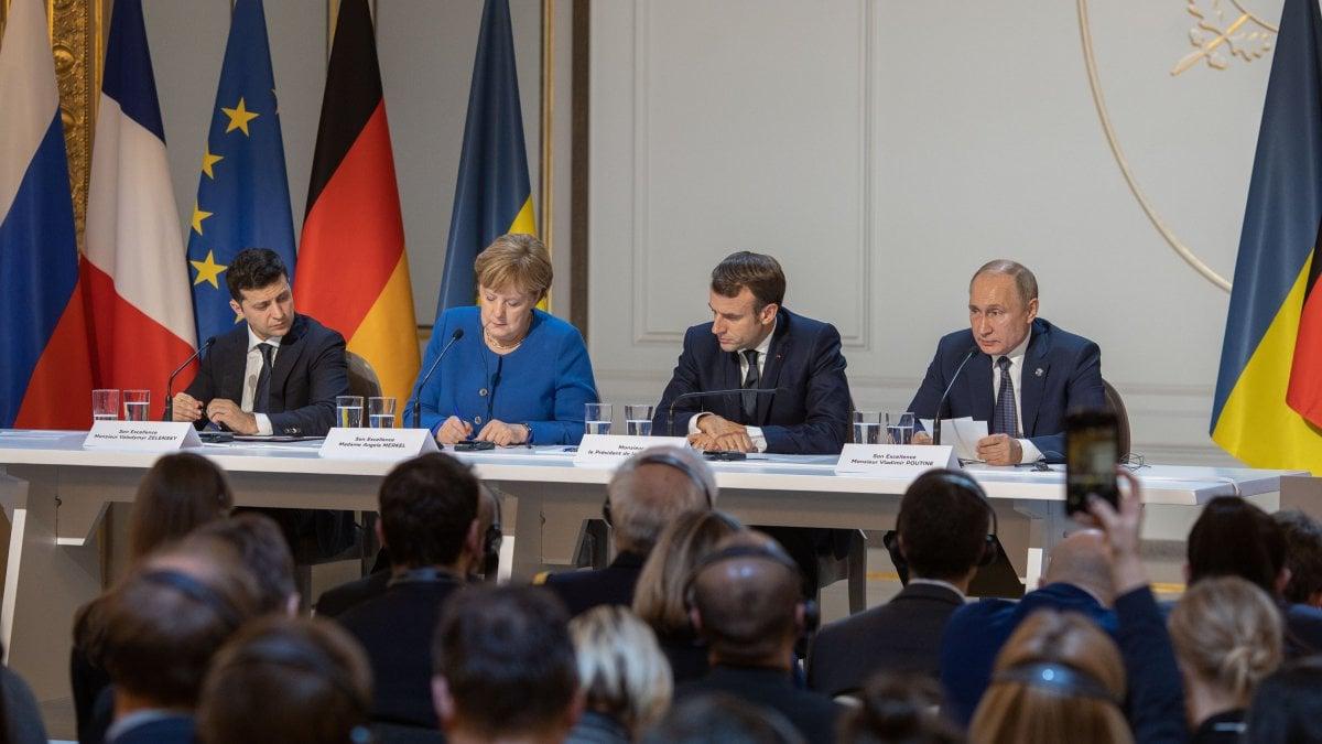 Russia-Ucraina, al vertice di Parigi primi passi verso il disgelo
