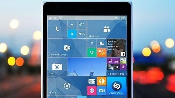 Microsoft ha deciso: Windows 10 Mobile va in pensione