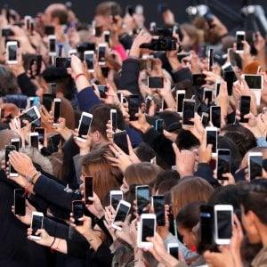 Consumi: Veneto, Lombardia ed Emilia Romagna trainano il Paese. Smartphone in calo per la prima volta da 10 anni