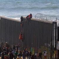 Usa, giudice blocca l'uso dei fondi del Pentagono per costruire il muro con il Messico