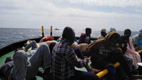 """Io non spengo nessun motore"": così l'Italia processa chi salva vite umane"