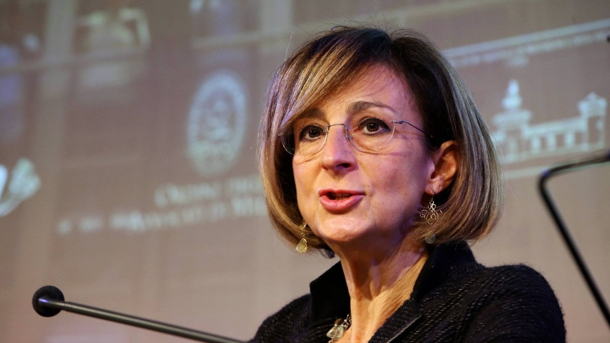 """Consulta, eletta presidente Marta Cartabia: prima volta per una donna: """"Ho rotto un cristallo, spero di fare da apripista"""""""