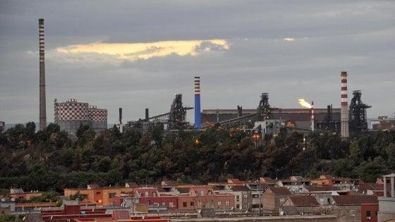 Ex Ilva, dopo lo stop all'Altoforno 2 scatta la cassa integrazione per 3.500 lavoratori