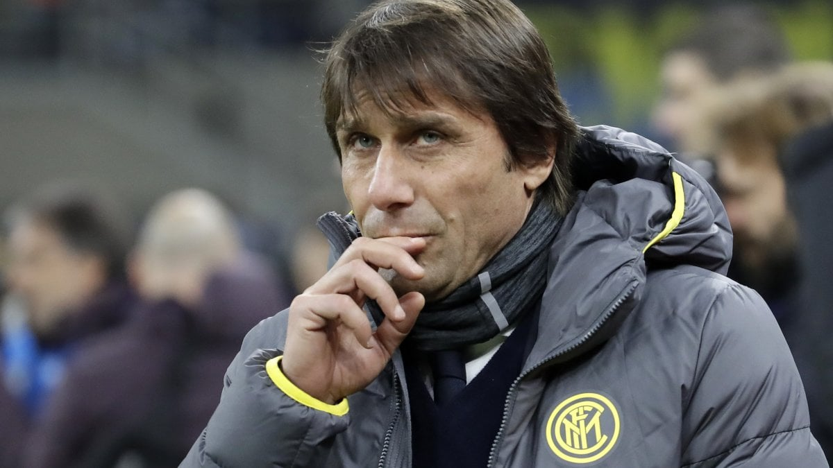 Inter, dopo l'eliminazione si guarda al mercato: a Conte servono rinforzi