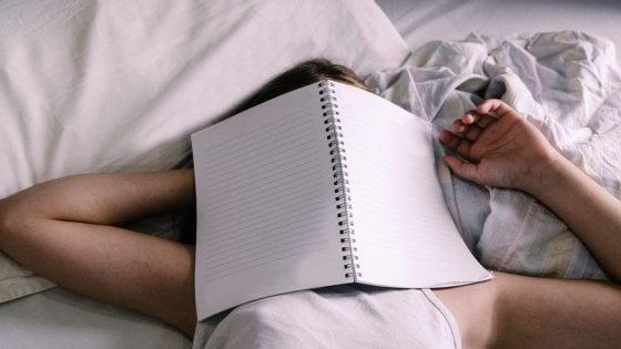 Notte di festa e mattina al lavoro? Un'azienda inglese offre i giorni post-sbornia