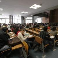 """Il sottosegretario De Cristofaro: """"Investire nella scuola è cambiare il Paese"""""""
