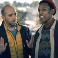 """Checco Zalone, il trailer del nuovo film indigna la Onlus dei rifugiati: """"Istigazione al..."""
