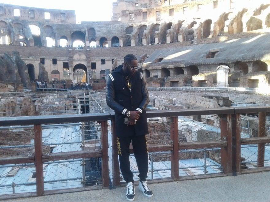 Boxe, Deontay Wilder al Colosseo ed alla statua del Pugile in riposo