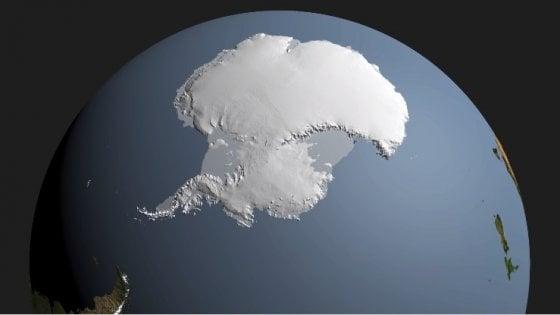 Sotto i ghiacci dell'Antartide il canyon più profondo della Terra