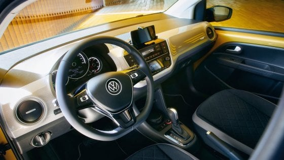 Volkswagen: dal 2020 navi Gnl per il trasporto delle auto