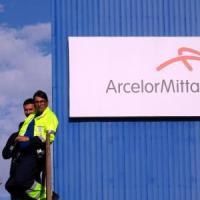 Ex Ilva, accordo tra Arcelor Mittal e i commissari: