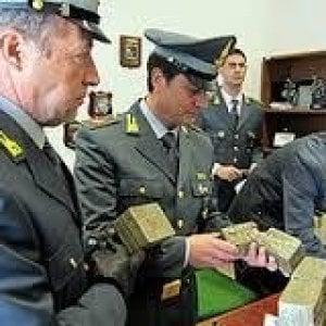 Truffa sul terremoto: lingotti d'oro invece di servizi agli sfollati