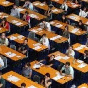 Scuola, accordo Miur - sindacati: nuovi concorsi banditi a inizio febbraio