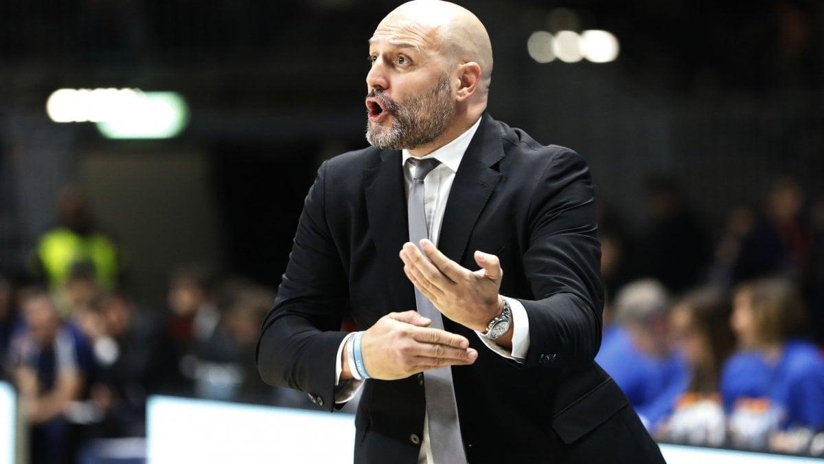 Basket, derby d'Italia tra passato e presente: Bologna-Milano torna sfida di vertice