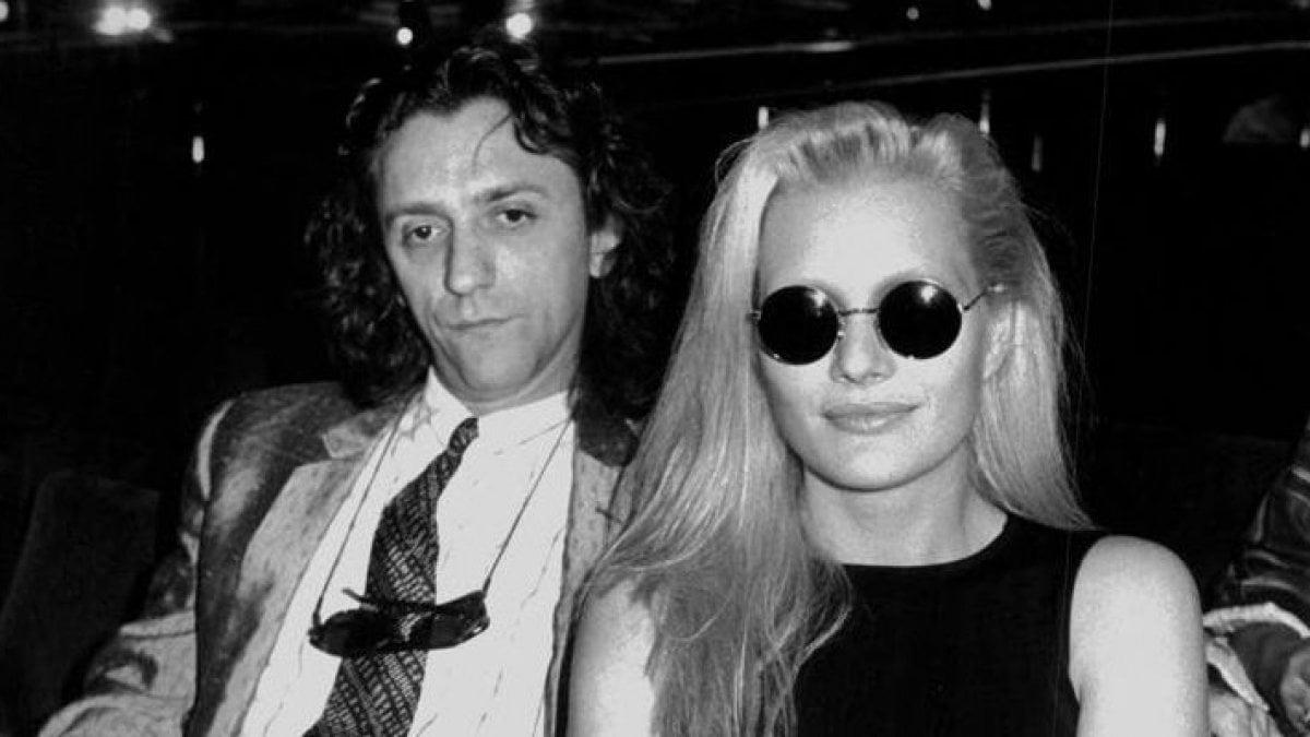 È morto il musicista Franco Ciani, ex marito di Anna Oxa, oberato dai debiti si è suicidato
