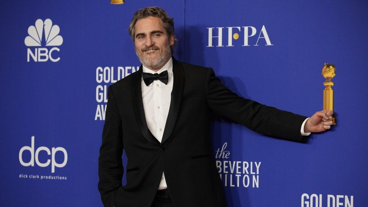 Golden Globe, i vincitori. Phoenix trionfa con 'Joker', bene 'Rocketman' e Zellweger. 'The Irishman', Scorsese a mani vuote