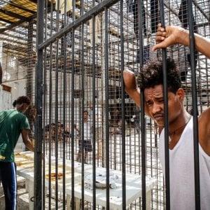 Libia, la sfida umanitaria: aumentano gli sfollati, mentre lo staff internazionale diminuisce e lo Stato non esiste